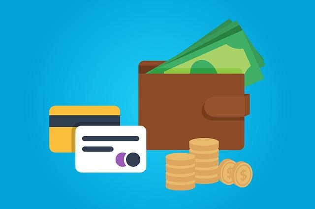 peníze a úvěrové karty